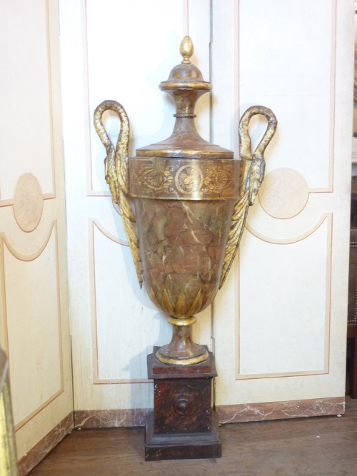 Directoire Tole Urn