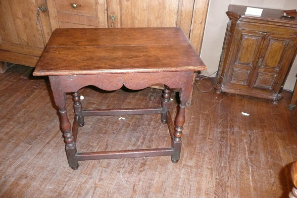 17th Century English Oak Side Table
